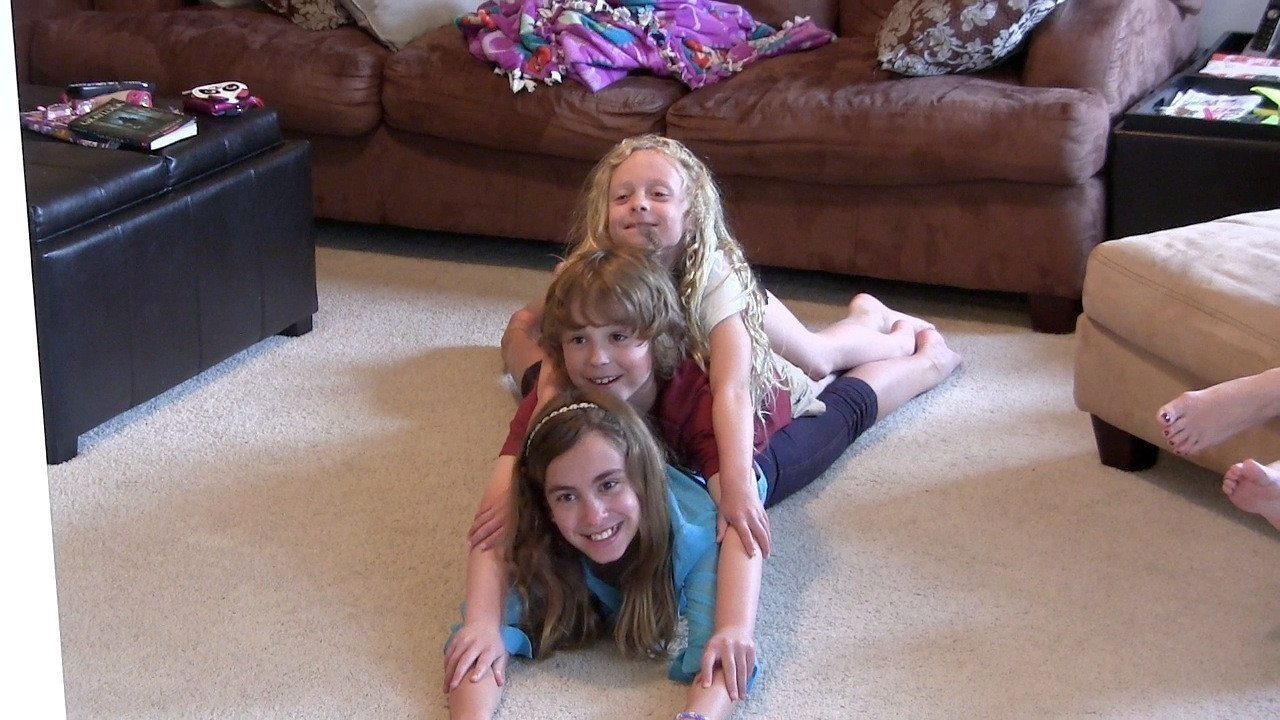"This video is about MemDay@Downings052713 (Playing game/Baby doing gymnastics/Family pile)<br /> <br /> <br /> <a href=""http://ray-penny.smugmug.com/Family/Lisa/Downing-videos/12451278_jcMRt6#!i=2540923302&k=pvM8zVs&lb=1&s=L"">http://ray-penny.smugmug.com/Family/Lisa/Downing-videos/12451278_jcMRt6#!i=2540923302&k=pvM8zVs&lb=1&s=L</a>"